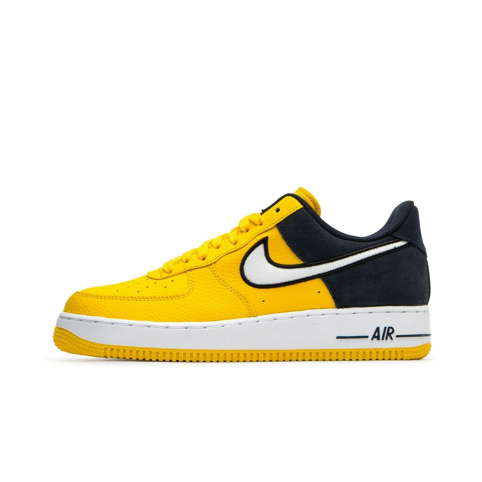 SCARPE SNEAKERS UNISEX NIKE ORIGINAL AIR FORCE 1 '07 LV8 1 AO2439 PELLE P/E2019