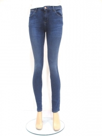 PANTALONE JEANS DONNA WRANGLER BODY W28KCZ NIGHT WISH 99KCOTONE AI